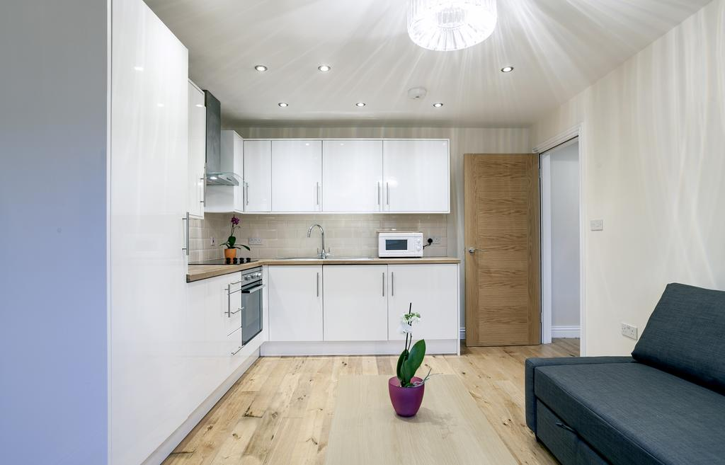 Camden-Luxury-Serviced-Accommodation---Kilburn-Apartments-Near-Lord's-Cricket-Ground---Urban-Stay-(17)