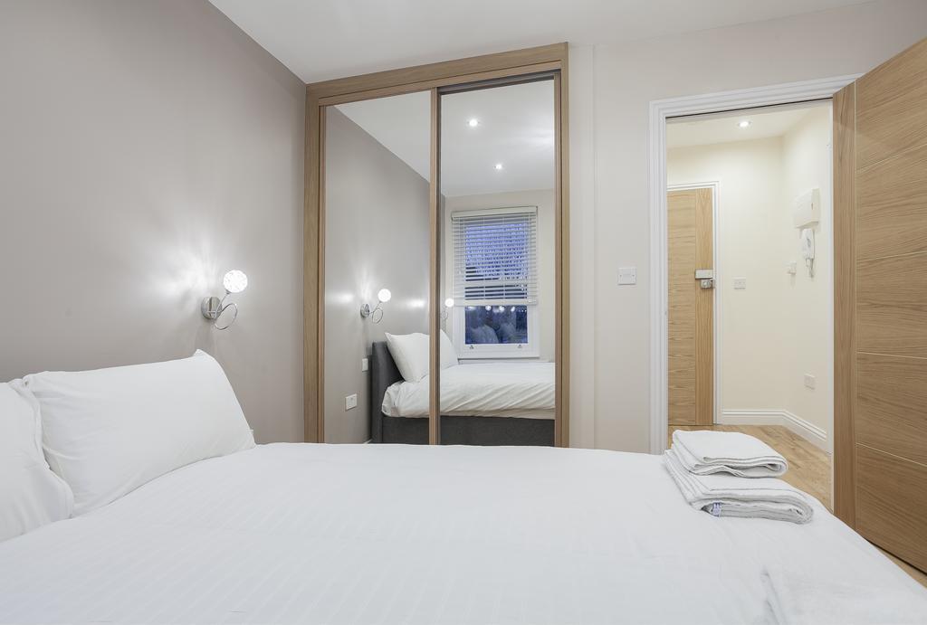 Camden-Luxury-Serviced-Accommodation---Kilburn-Apartments-Near-Lord's-Cricket-Ground---Urban-Stay-(3)