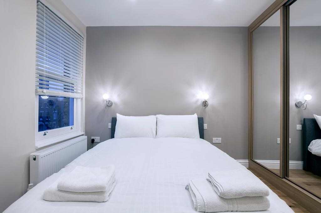 Camden-Luxury-Serviced-Accommodation---Kilburn-Apartments-Near-Lord's-Cricket-Ground---Urban-Stay-(4)
