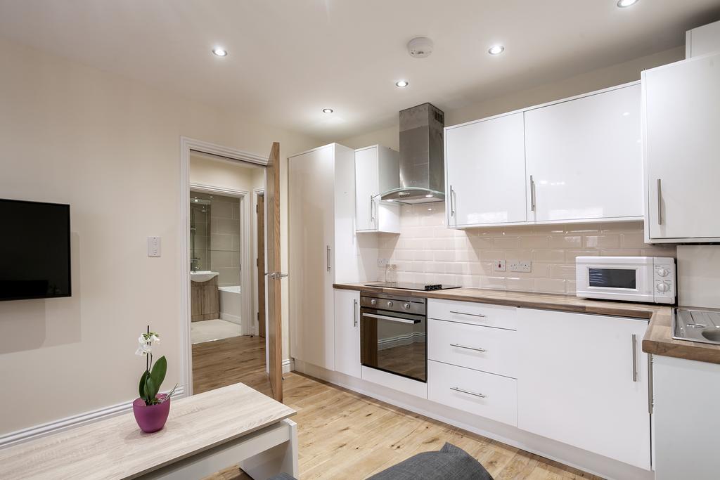 Camden-Luxury-Serviced-Accommodation---Kilburn-Apartments-Near-Lord's-Cricket-Ground---Urban-Stay-(7)