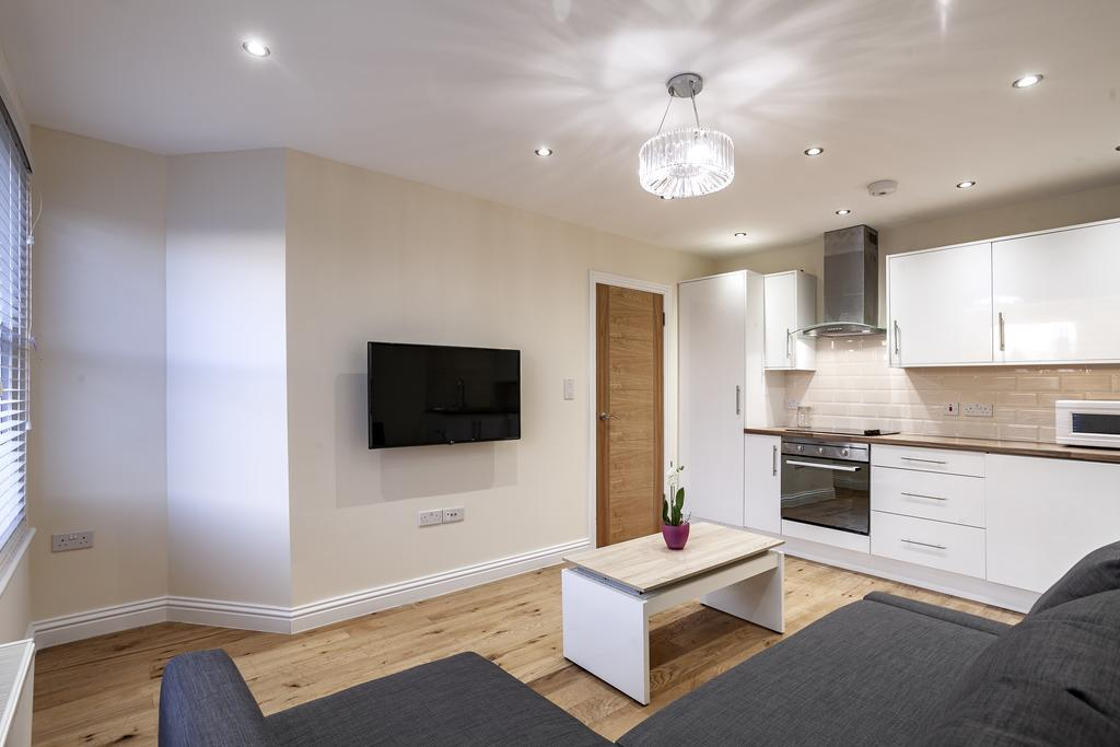 Camden-Luxury-Serviced-Accommodation---Kilburn-Apartments-Near-Lord's-Cricket-Ground---Urban-Stay-(8)
