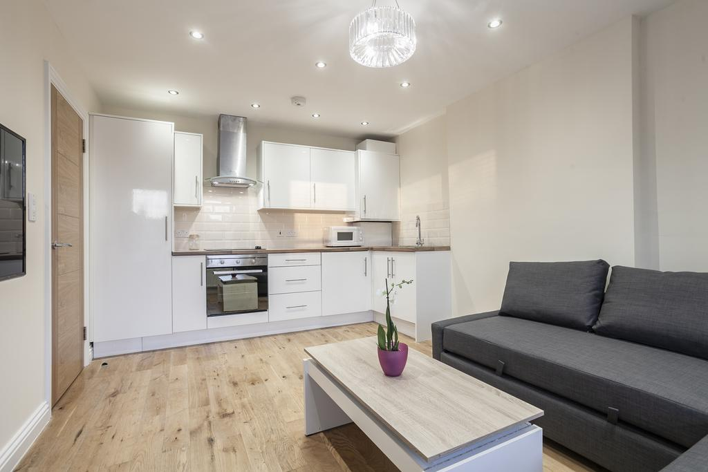 Camden-Luxury-Serviced-Accommodation---Kilburn-Apartments-Near-Lord's-Cricket-Ground---Urban-Stay-(9)