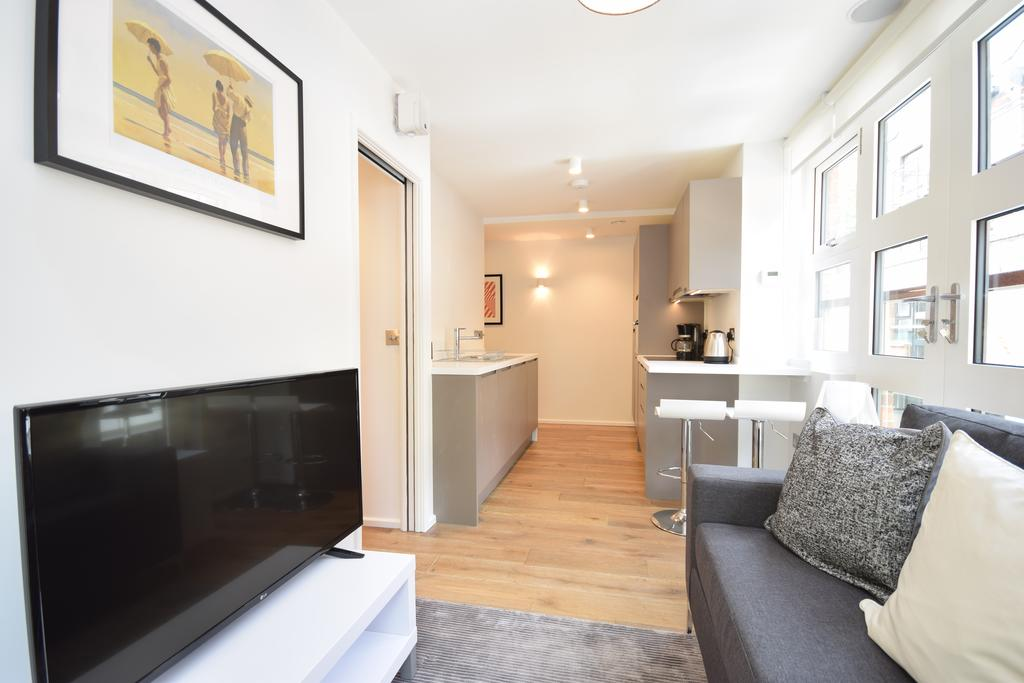 Camden-Self-catering-Apartments---Bruges-Place-Apartments-Near-Camden-Market---Urban-Stay-11