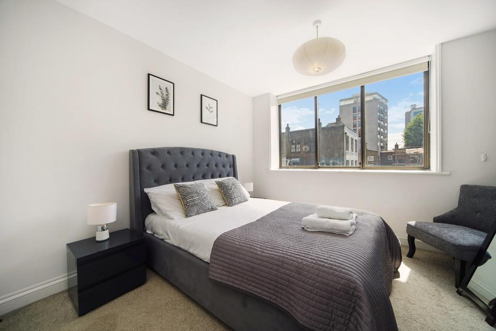 Camden-short-let-Accommodation---Chitty-Street-Apartments-Near-Dominion-Theatre---Urban-Stay-12