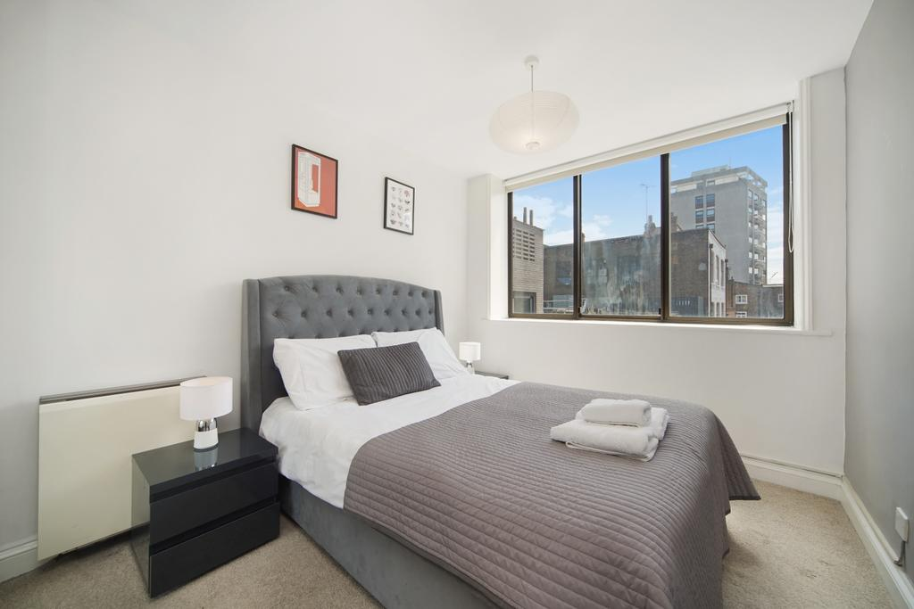 Camden-short-let-Accommodation---Chitty-Street-Apartments-Near-Dominion-Theatre---Urban-Stay-4