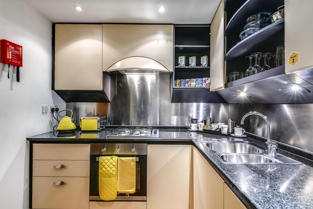 Canary-Wharf-Luxury-Accommodation---Circus-Apartments-Near-O2-Arena---Urban-Stay-10