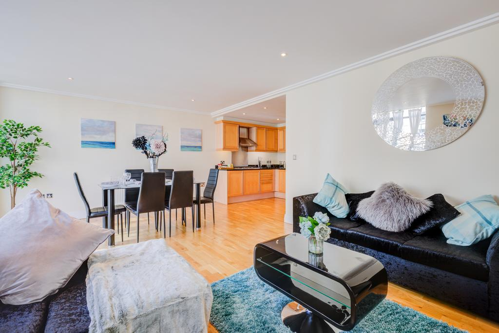 Corporate-Accommodation-Brentford---Town-Meadow-Apartments-Near-Griffin-Park-London---Urban-stay-11