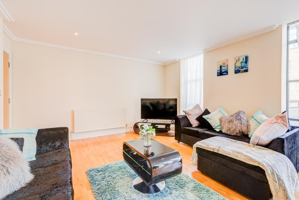 Corporate-Accommodation-Brentford---Town-Meadow-Apartments-Near-Griffin-Park-London---Urban-stay-14