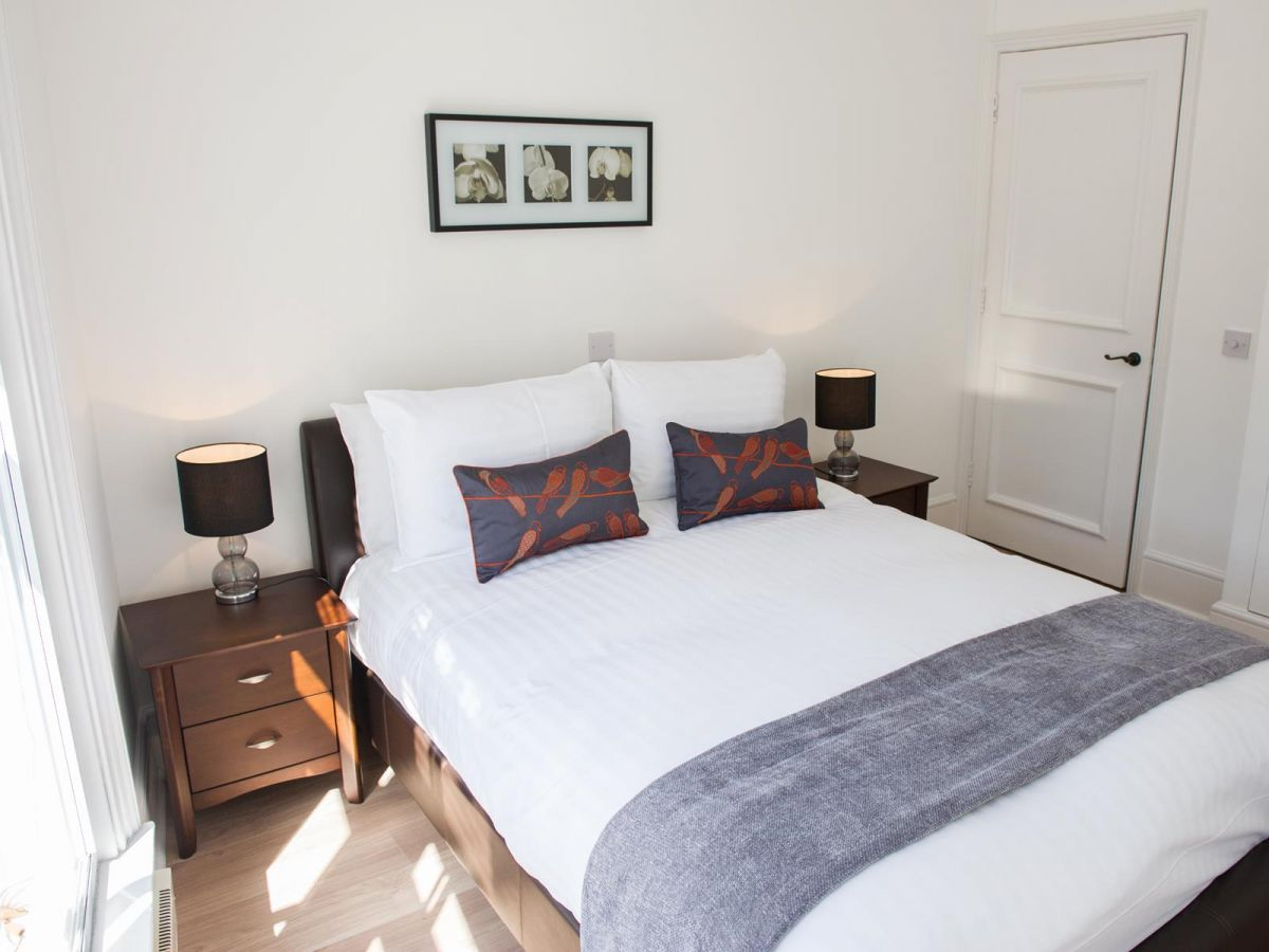Corporate-Accommodation-West-End---West-End-Apartments-Near-Leicester-Square---Urban-Stay-7