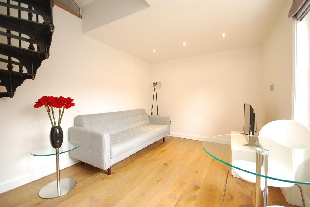 Covent-Garden-Serviced-Accommodation---Earlham-Street-Apartments-Near-Arts-Theatre---Urban-Stay