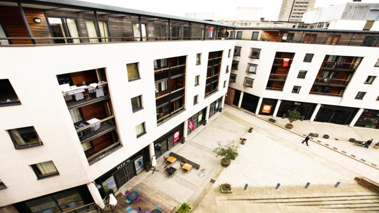Coventry-Luxury-Accommodation---Priory-Place-Apartments-Near-Ricoh-Arena---Urban-Stay-11