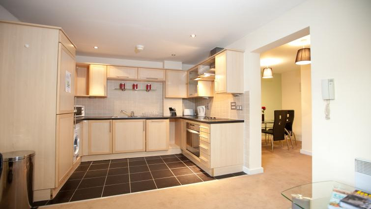 Coventry-Luxury-Accommodation---Priory-Place-Apartments-Near-Ricoh-Arena---Urban-Stay-7