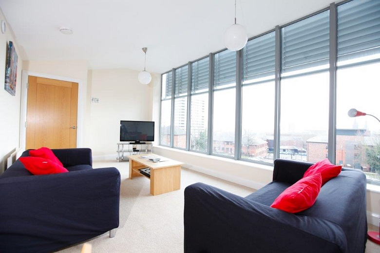 Coventry-Serviced-Accommodation---Mandara-Point-Apartments-Near-Coventry-railway-station---Urban-Stay-7