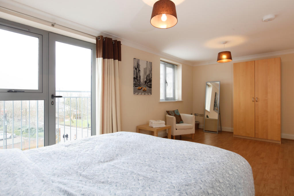 Coventry-Serviced-Accommodation---Mandara-Point-Apartments-Near-Coventry-railway-station---Urban-Stay-9