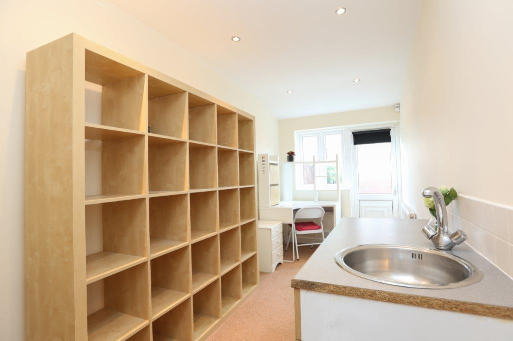 Coventry-Serviced-Apartments---Coundon-Fields-Apartments-Near-City-Centre---Urban-Stay-5