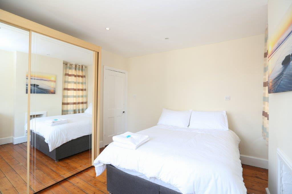 Coventry-Serviced-Apartments---Coundon-Fields-Apartments-Near-City-Centre---Urban-Stay-8