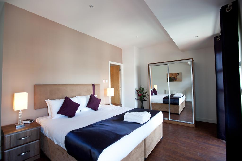 Glasgow-Luxury-Corporate-Apartments---Glassford-Street-Apartments-Near-Glasgow-City-Centre---Urban-Stay-1