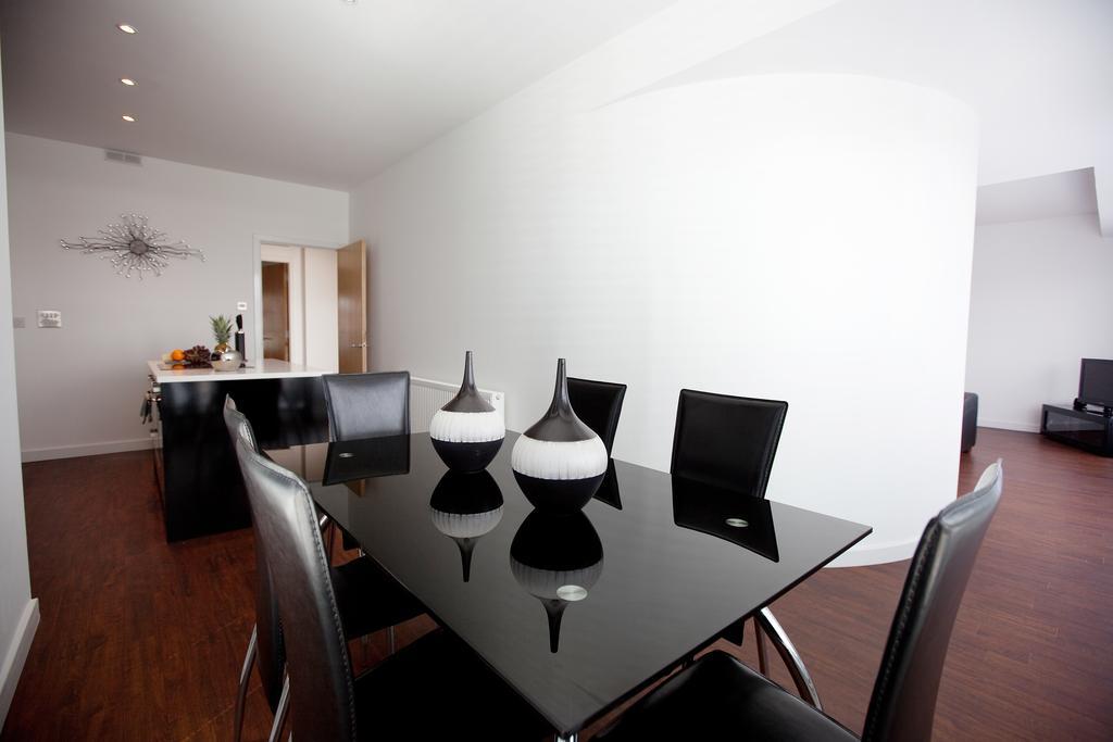 Glasgow-Luxury-Corporate-Apartments---Glassford-Street-Apartments-Near-Glasgow-City-Centre---Urban-Stay-12
