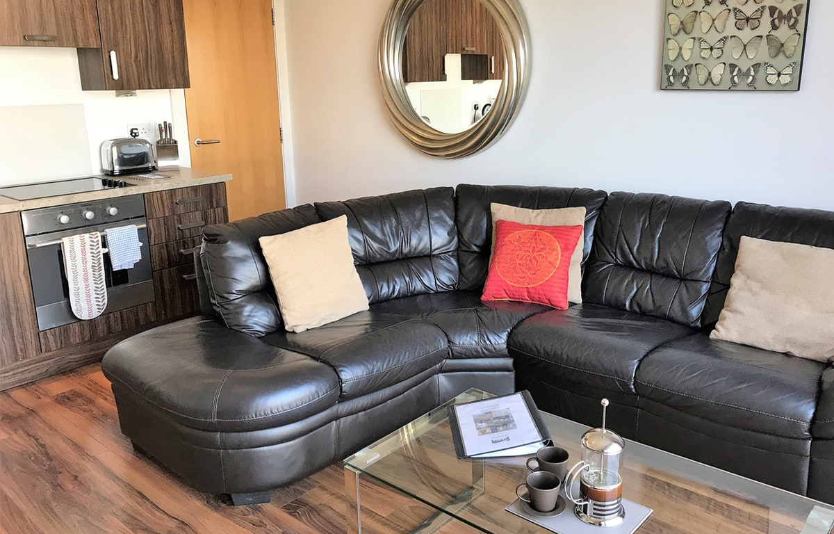 Glasgow Serviced Accommodation - Virginia Galleries Apartment Near Glasgow Central station- Urban Stay 6