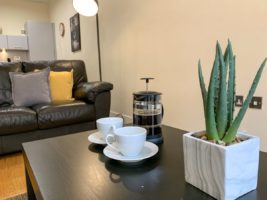 Glasgow Short-let Accommodation - Ingram Street Apartments Near Glasgow Central station - Urban Stay