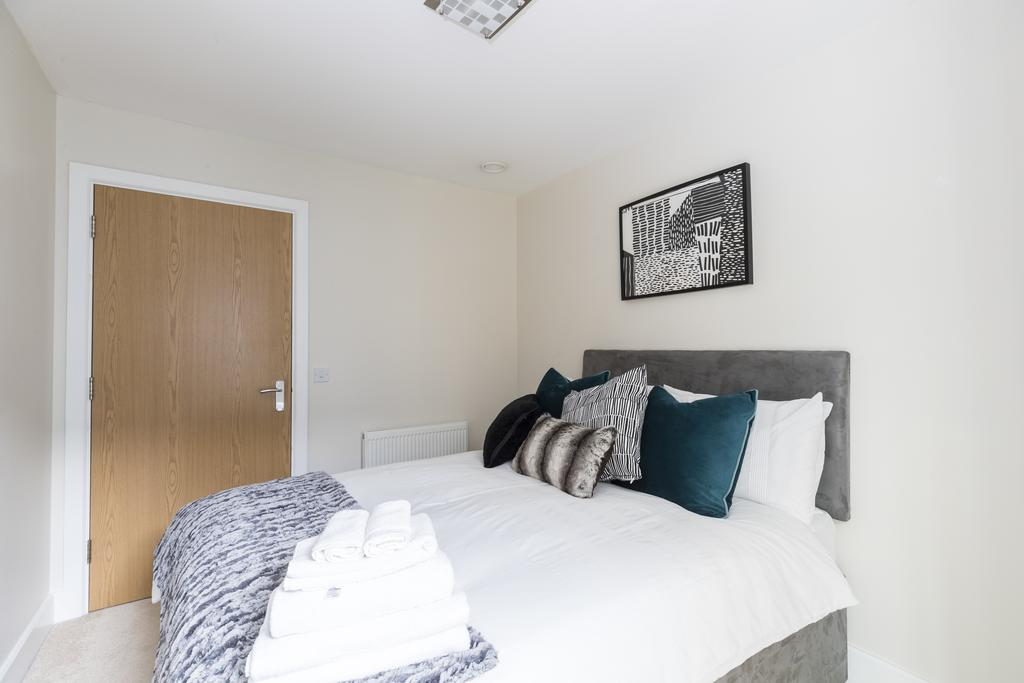 Hammersmith-and-Fulham-Serviced-Apartments---Gooch-House-Apartments-Near-Eventim-Apollo--Urban-stay-7