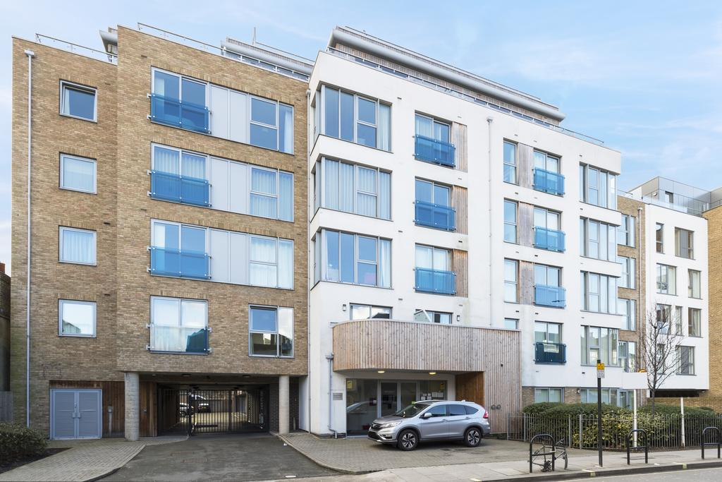 Hammersmith-and-Fulham-Serviced-Apartments---Gooch-House-Apartments-Near-Eventim-Apollo--Urban-stay-8