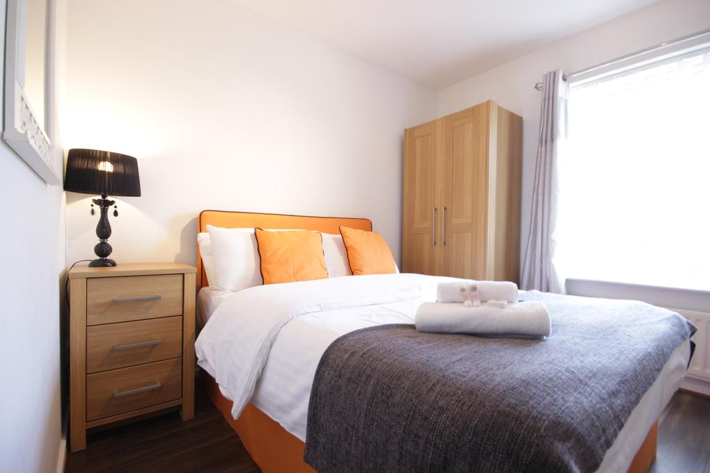 Hull-Luxury-Serviced-Accommodation ---Wind-House-View-Apartment-Near-Hull-New-Theatre---Urban-Stay-11