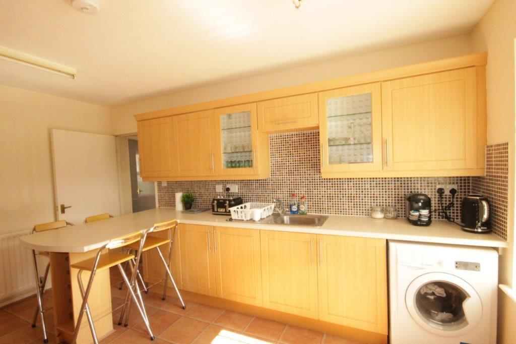 Hull-Luxury-Serviced-Accommodation ---Wind-House-View-Apartment-Near-Hull-New-Theatre---Urban-Stay-14