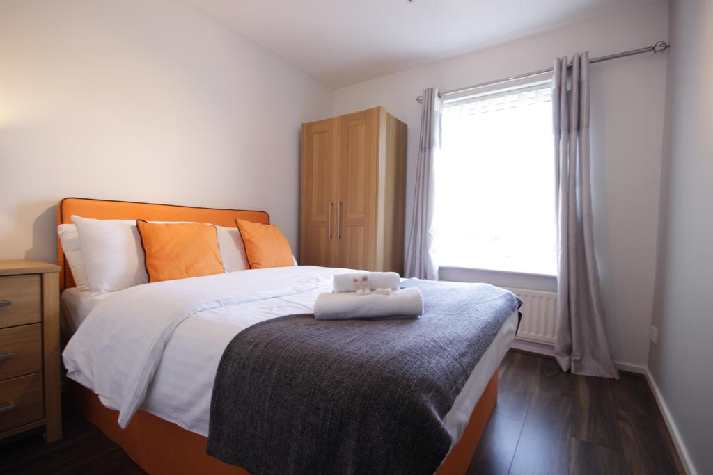 Hull-Luxury-Serviced-Accommodation ---Wind-House-View-Apartment-Near-Hull-New-Theatre---Urban-Stay-5