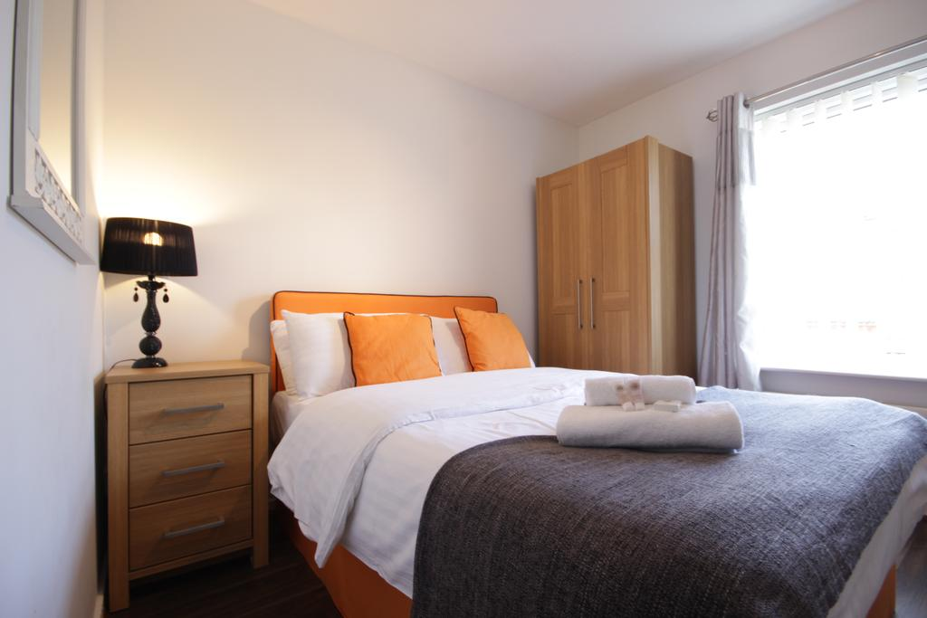 Hull-Luxury-Serviced-Accommodation ---Wind-House-View-Apartment-Near-Hull-New-Theatre---Urban-Stay-6