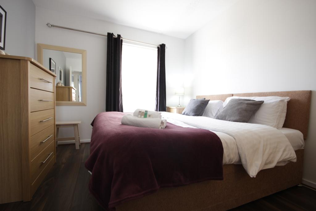 Hull-Luxury-Serviced-Accommodation ---Wind-House-View-Apartment-Near-Hull-New-Theatre---Urban-Stay-7