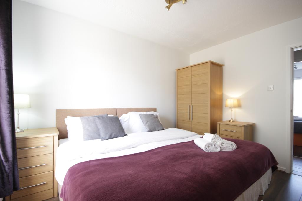 Hull-Luxury-Serviced-Accommodation ---Wind-House-View-Apartment-Near-Hull-New-Theatre---Urban-Stay-8