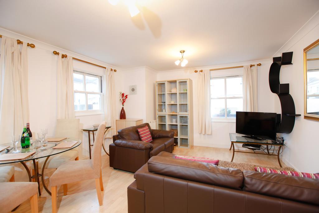 Leamington-Spa-Serviced-Apartments--Packington-Place-ApartmentsNear-Train-Station---Urban-Stay-1