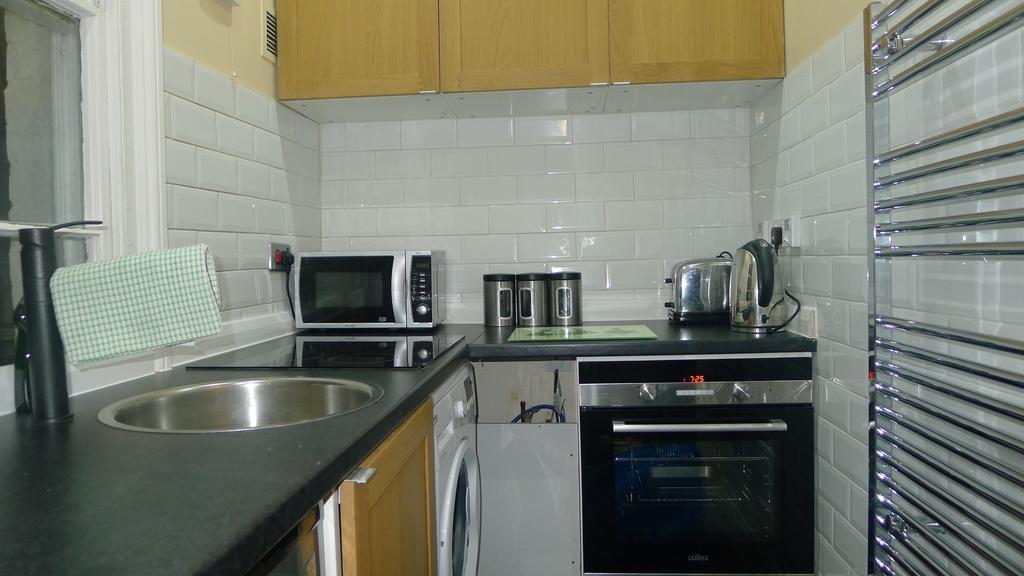 Leamington-Spa-Serviced-Apartments--Packington-Place-ApartmentsNear-Train-Station---Urban-Stay-15