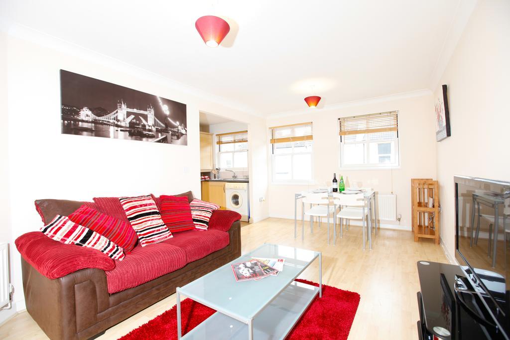 Leamington-Spa-Serviced-Apartments--Packington-Place-ApartmentsNear-Train-Station---Urban-Stay-3