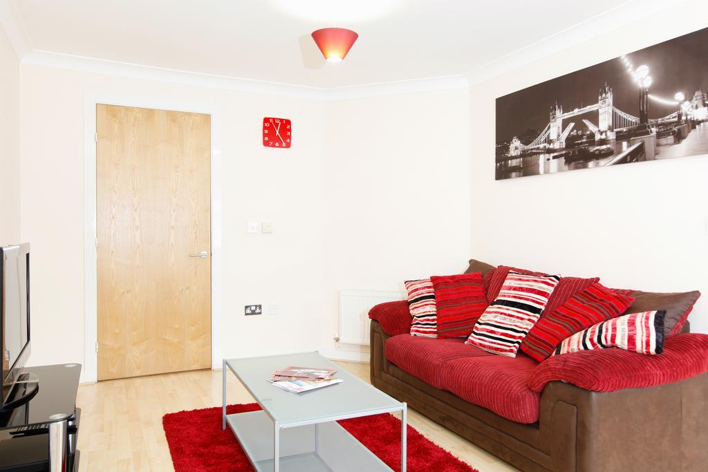 Leamington-Spa-Serviced-Apartments--Packington-Place-ApartmentsNear-Train-Station---Urban-Stay-4