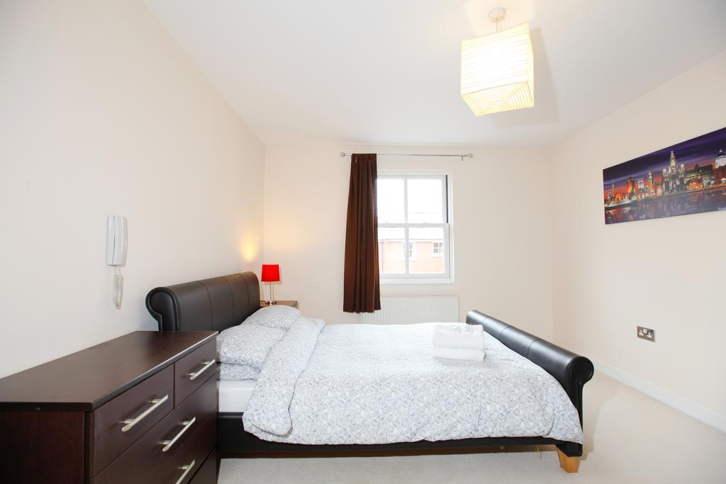 Leamington-Spa-Serviced-Apartments--Packington-Place-ApartmentsNear-Train-Station---Urban-Stay-6