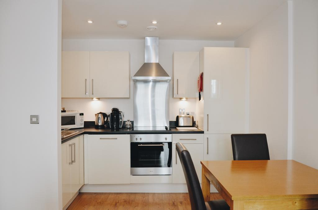 Liverpool-Serviced-Accommodation---Liverpool-City-Centre-Apartments-Near-Chavasse-Park---Urban-Stay-11