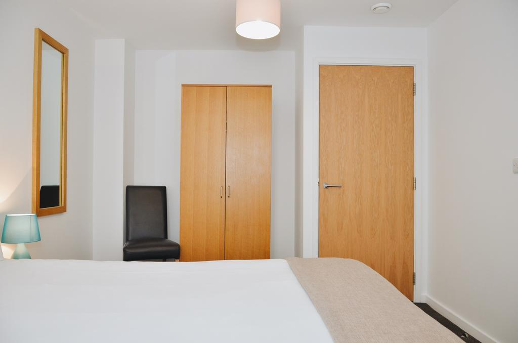 Liverpool-Serviced-Accommodation---Liverpool-City-Centre-Apartments-Near-Chavasse-Park---Urban-Stay-12