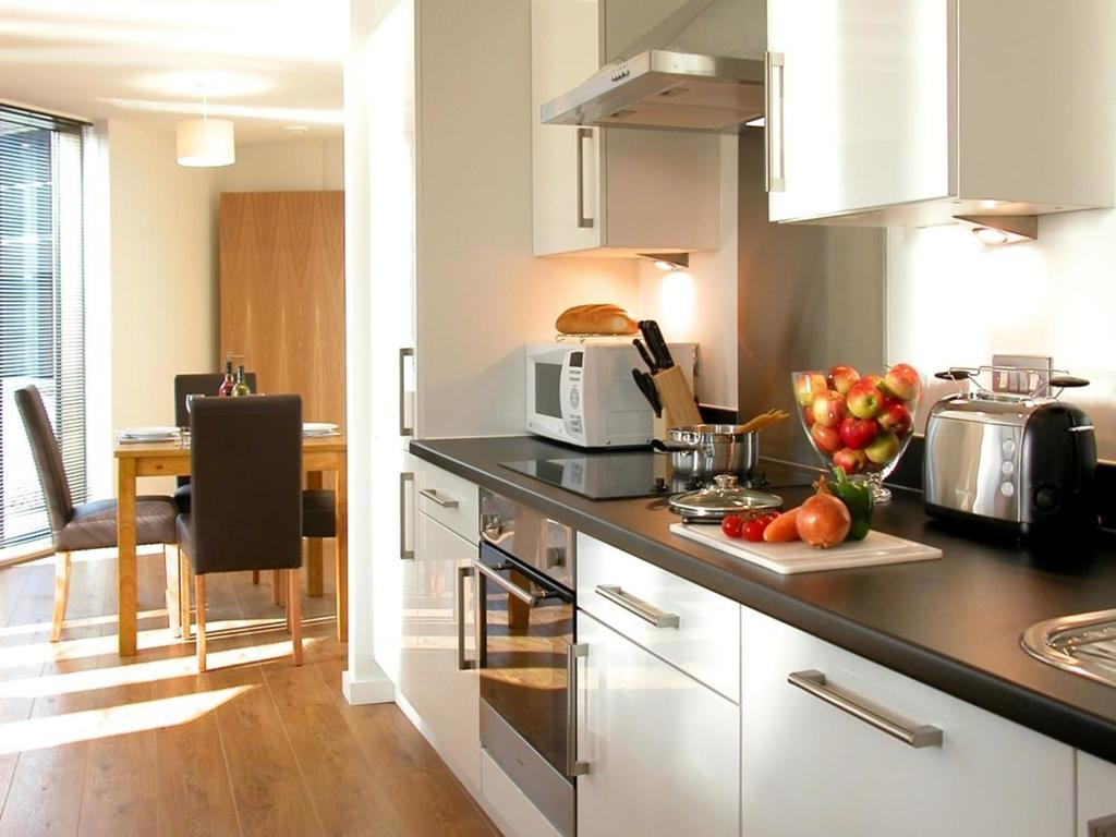 Liverpool-Serviced-Accommodation---Liverpool-City-Centre-Apartments-Near-Chavasse-Park---Urban-Stay-3