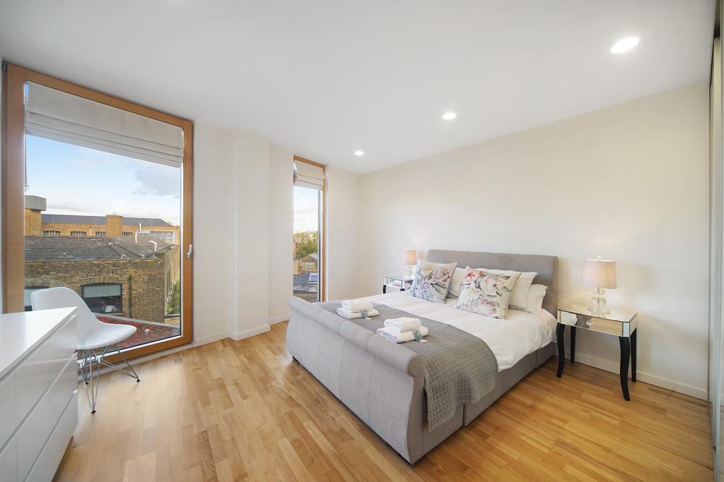 Luxury-Accommodation-Camden---Lux-Regents-Park-Apartments-Near-London-Zoo---Urban-Stay-10