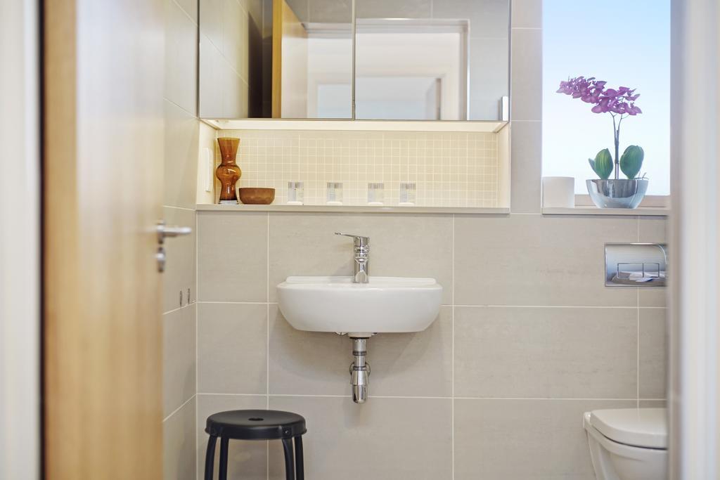 Luxury-Accommodation-Camden---Lux-Regents-Park-Apartments-Near-London-Zoo---Urban-Stay-12