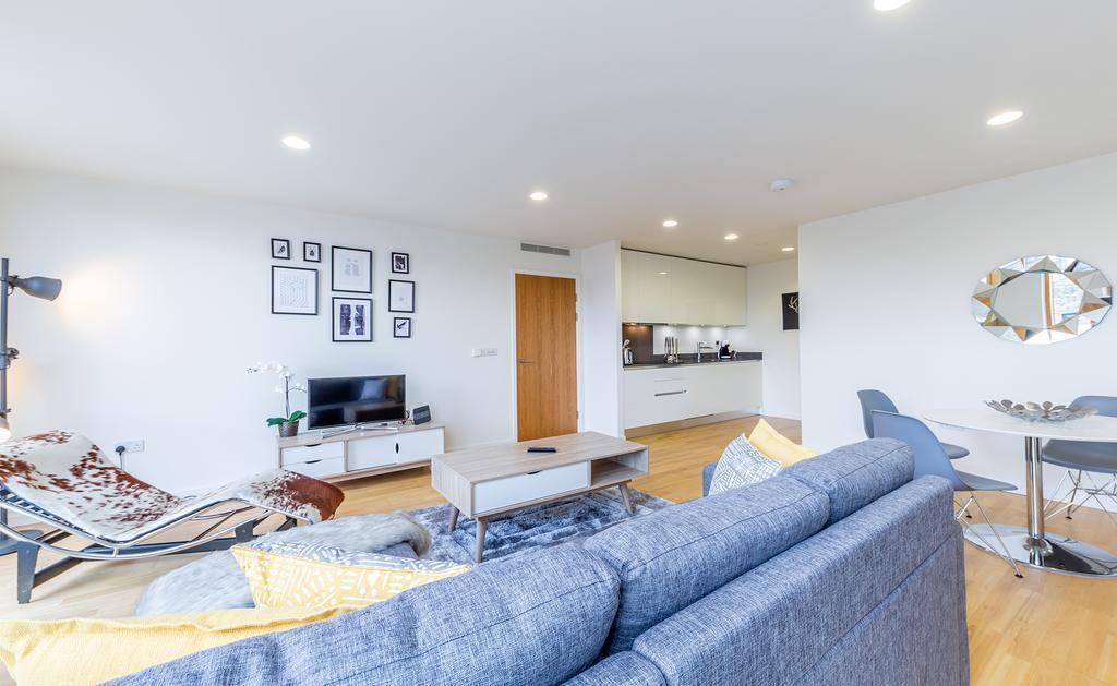 Luxury-Accommodation-Camden---Lux-Regents-Park-Apartments-Near-London-Zoo---Urban-Stay-14
