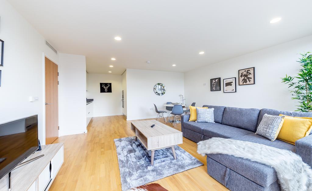 Luxury-Accommodation-Camden---Lux-Regents-Park-Apartments-Near-London-Zoo---Urban-Stay-15