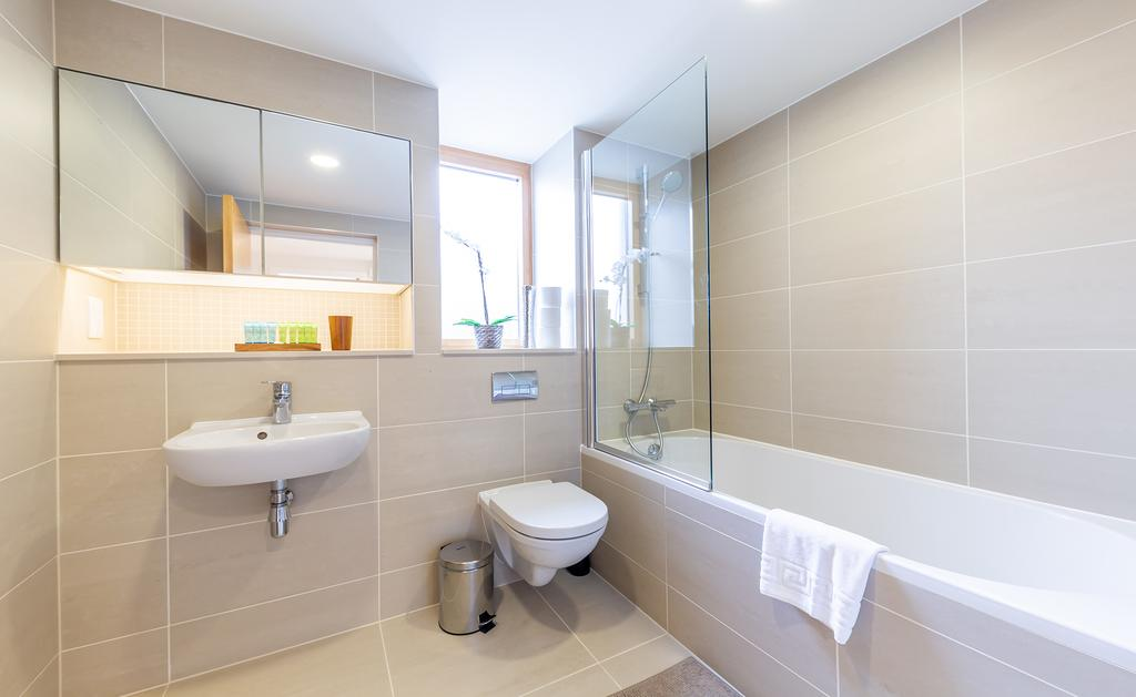 Luxury-Accommodation-Camden---Lux-Regents-Park-Apartments-Near-London-Zoo---Urban-Stay-17