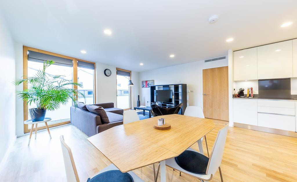 Luxury-Accommodation-Camden---Lux-Regents-Park-Apartments-Near-London-Zoo---Urban-Stay-23