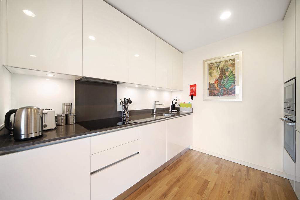 Luxury-Accommodation-Camden---Lux-Regents-Park-Apartments-Near-London-Zoo---Urban-Stay-3