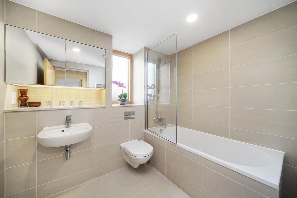 Luxury-Accommodation-Camden---Lux-Regents-Park-Apartments-Near-London-Zoo---Urban-Stay-8