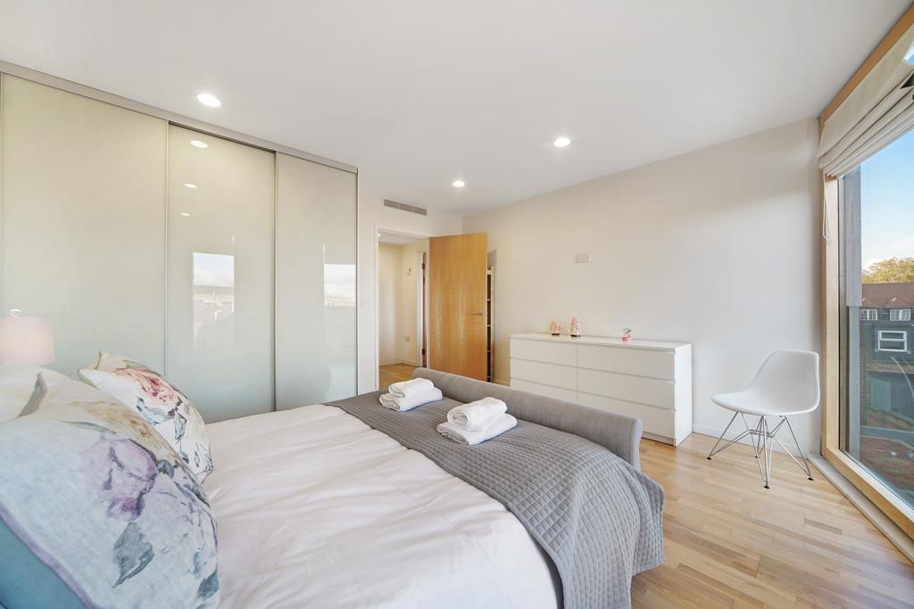 Luxury-Accommodation-Camden---Lux-Regents-Park-Apartments-Near-London-Zoo---Urban-Stay-9