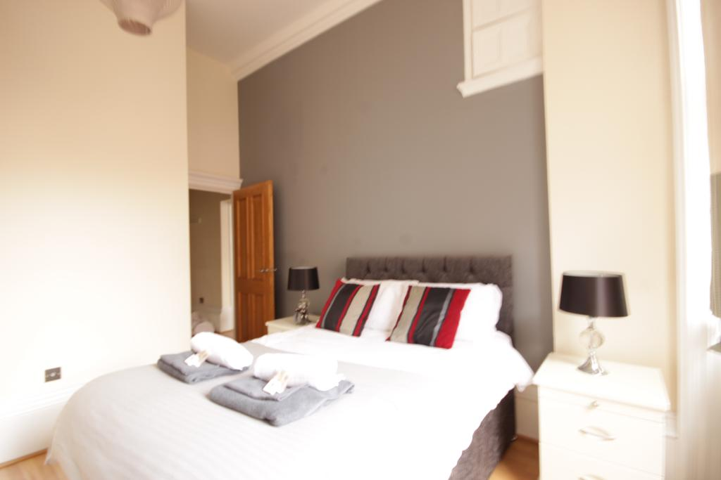 Luxury-Accommodation-Hull---Land-Of-Green-Ginger-Apartment-Near-Hull-New-Theatre---Urban-Stay-12